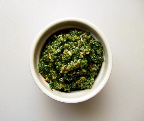 carrot top pesto 3