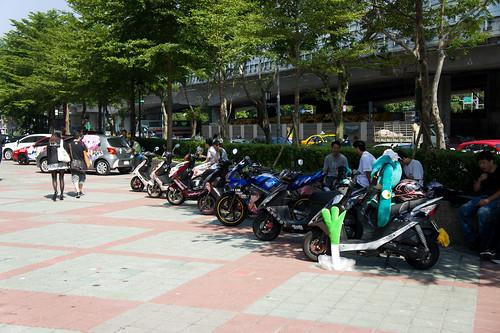 台灣機車多, 所以痛電單車也有不少哦