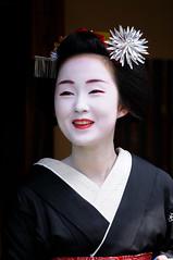 (Tamayura) Tags: japan nikon kyoto maiko geiko gion aug kansai d300 2011 hassaku 70200mmf28gvrii 201108011131240