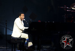 John Legend - The Palace of Auburn Hills - Auburn Hills, MI - August 3, 2011 (14)