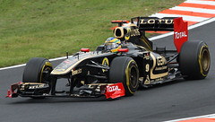 Bruno Senna / Lotus Renault (tik_tok) Tags: europe hungary f1 racing grandprix formulaone formula1 r31 fia hungaroring worldchampionship motorsport autosport 2011 openwheel singleseater fridaypractice mogyorod brunosenna mogyoród lotusrenault