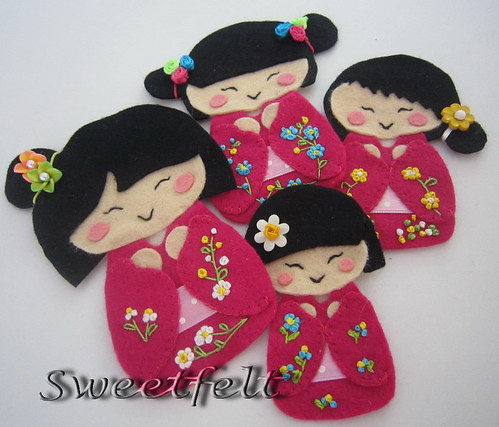 ♥♥♥ Kon'nichiwa!!!   Eu  ♥   Kokeshi ! by sweetfelt \ ideias em feltro