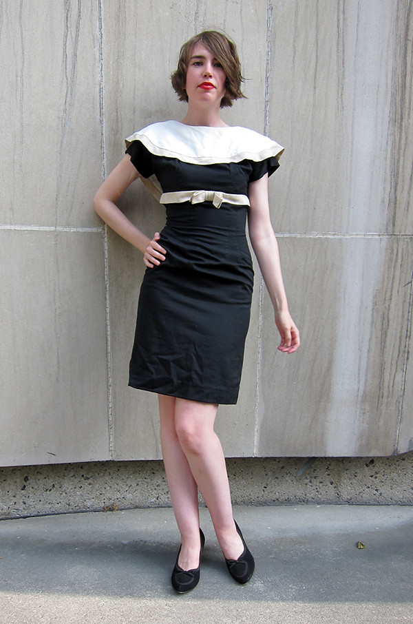 Sailor collar wiggle dress!