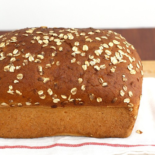 Whole Wheat Oatmeal Buttermilk Bread