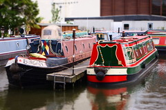 Two Boats (cycle.nut66) Tags: red summer black art boats four evening boat canal union grand olympus basin m filter bow micro hull aylesbury stern zuiko diorama tiller thirds narow evolt narrowboats epl1 mzuiko