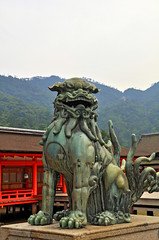 Statue in Miyajima (Kenta Young) Tags: statue japan temple japanese nikon dragon miyajima hdr d90