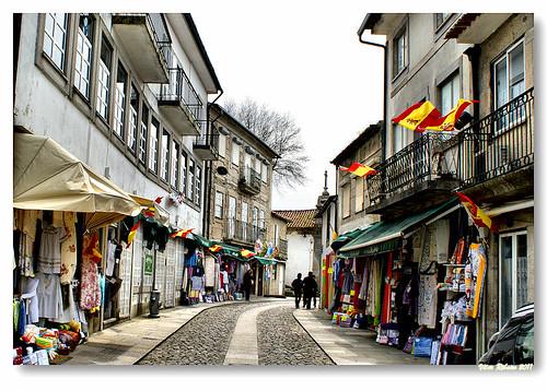 Rua 5 de Outubro by VRfoto