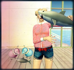 ......Steve! ! (lindini2) Tags: shirt ufo sl secondlife chicks shorts bp napoliy theseasonshunt