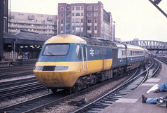 HST Paddington 12-11-77 (Steve Selwood) Tags: paddington hst intercity125 253018