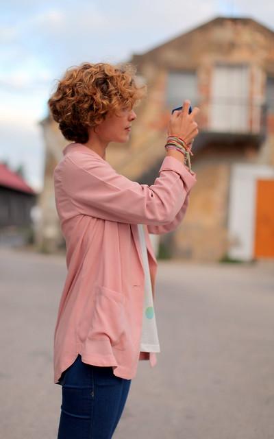 Camisas-casaco (ou casacos-camisa) [ela]
