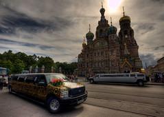sangre derramada (_mariano_) Tags: russia iglesia limousine hdr sangre bodas sanpetersburgo derramada vacas2010