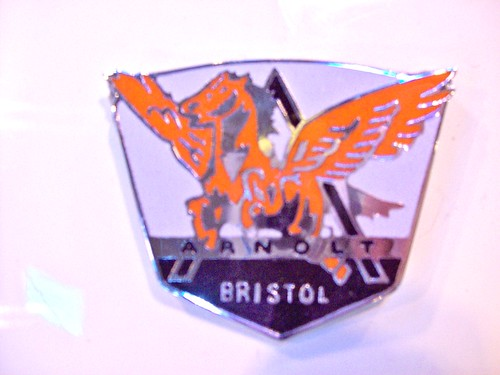 20 Arnolt Bristol Badge