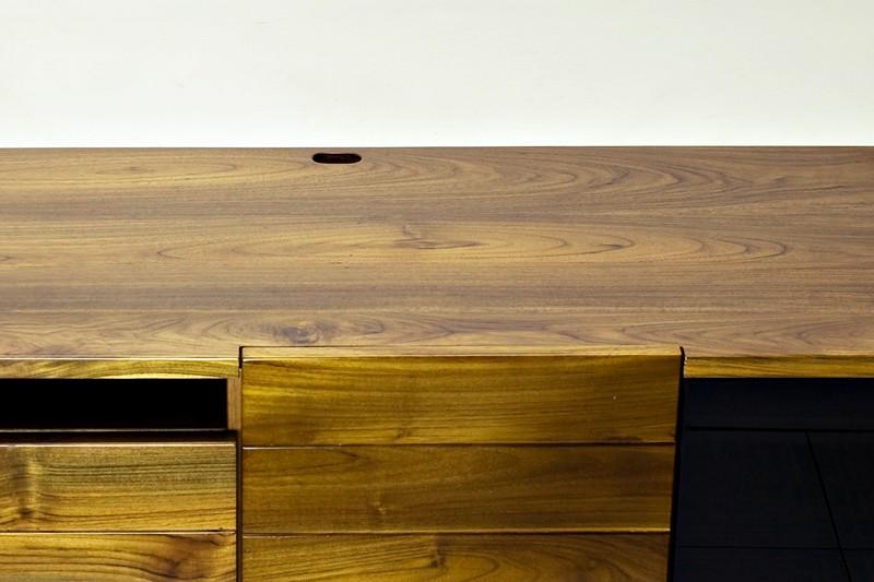 Beautiful solid teak wood grain