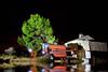 DEUTZ-FAHR (Jose Casielles) Tags: color arbol luces noche casa agua reflejo campo nocturnas yecla iluminar linternas deutzfahr cosechadora elmadroño fotografíasjcasielles