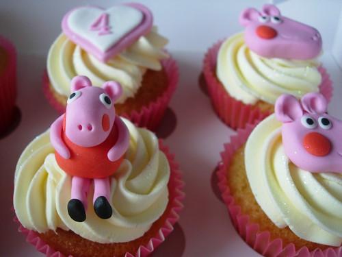 Lydia's Peppa Pig Cupcakes