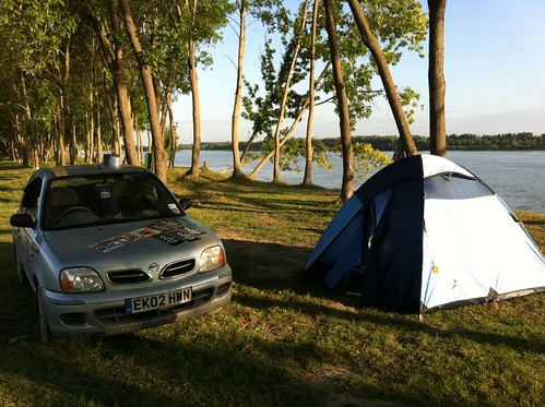 "Woke up from some ""wild camping"" next to the Danube #mongolrally"