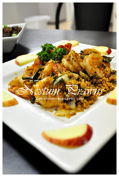 Potluck Dinner: Nestum Prawns