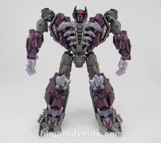 Transformers Shockwave Dark of the Moon Voyager - modo robot