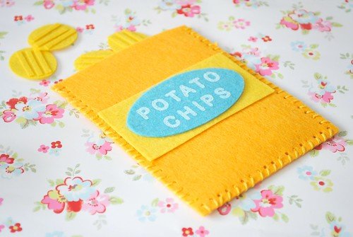 My Hand-made felt crinkle cut potato chips