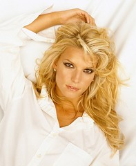 Jessica Simpson (Grapes2021) Tags: portrait woman white hot sexy celebrity beautiful face fashion shirt bed pretty photoshoot designer blond american singer blonde actress mascara sunkissed tanned jessicasimpson bombshell wavyhair beachtan