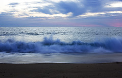 294. Waves (Aimepi) Tags: sunset sky france beach clouds landscape surf waves ciel nuages paysage vagues plage mimizan couchdesoleil