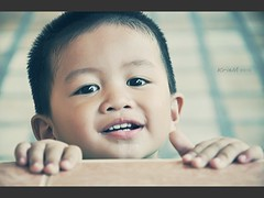 DSC_2664 (kristian.eric) Tags: boy kid nikon toddler play hide drool seek nikkor d90 krism 18105mm kristianm kristianeric