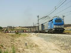335.001-4 Comsa + Papelero (phantom-II) Tags: train tren locomotora 335 papelero pitis vossloh comsa 335001