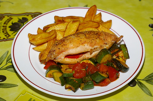 Chicken breast stuffed with chorizo, with courgettes and tomatoes and chips by La belle dame sans souci