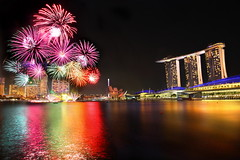 Singapore National Day Parade  firework 2012 (Kenny Teo (zoompict)) Tags: bridge light sky seascape reflection building tower tourism water beautiful architecture night marina canon wonderful lens landscape photo yahoo scenery photographer waterfront view fireworks walk dramatic tourist casino best esplanade ndp wanted kenny 七股 singaporeriver rehearsals marinabay 2011 marinabaysands bestphotographer zoompict singaporelowerpiercereservoir ndp2011 singaporenationaldayparadefirework
