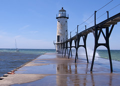 Manistee Lighthouse (Katy Silberger) Tags: lighthouse reflection manisteemi nikond60 manisteelighthouse doublyniceshot