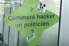 Comment hacker un politicien ?
