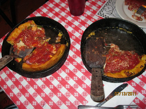 7/13/11: Gino's East on Wells.