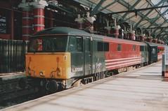 Class87_87008_Lime_Street_15_April_2002 (DMC1947) Tags: limestreet liverpoollimestreet class87 87008