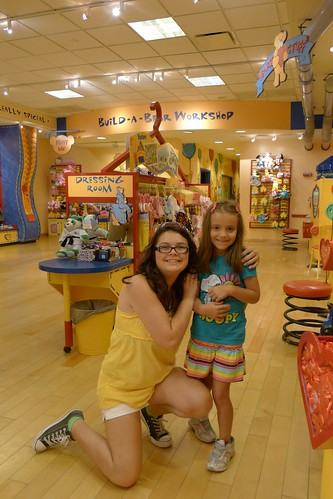 Texas Invasion:  Jen and Lauren at Build-a-Bear