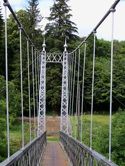 Aberlour suspension bridge (a-dinosaur) Tags: bridge river suspension spey aberlour