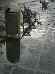 Esperando (blackferien) Tags: street mxico mexico agua centrohistorico centrohistrico ciudaddemxico chilangolandia