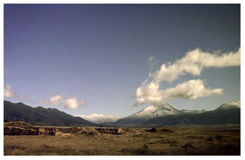 paisaje nevado rumbo a Monterreal, Coahuila... enero 2010 by mayraacosta