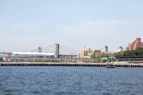 Views of Brooklyn and Manhattan Bridge from Pier 5