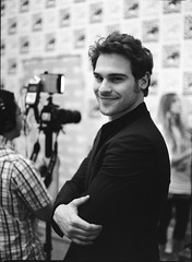 Comic-Con Batch A_0004 (Andy Reaser) Tags: tv 645 sandiego pentax brian delta hollywood press 3200 comiccon ilford junket ninelives abcfamily chloeking theninelivesofchloeking ninelivesofchloeking tnlock graydamon