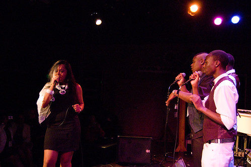 Moria Moore with background vocalists.