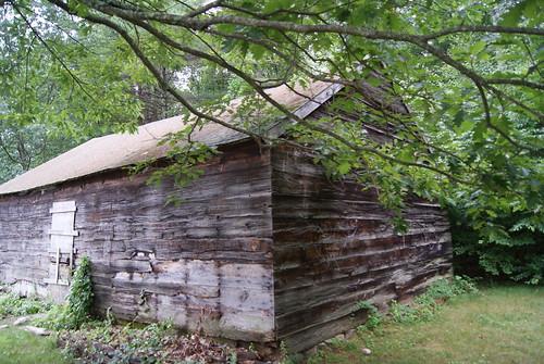 Wayside Inn barn #1