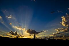 Dark&Light (Mask Dur Dn) Tags: sky sol cielo contraste puesta porrio