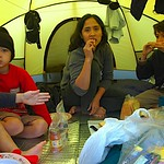 Breakfast in the tent. Dave (only hand), Nick, Imas and Albert.
