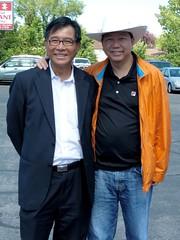 Lee Cheuk-yan (李卓人) and Mak-hoi-wah (麥海華) in Calgary - pix 02