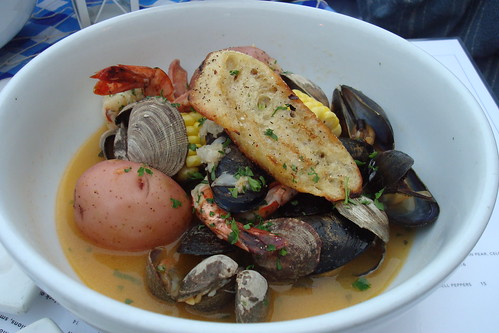 Clambake at Rush Street
