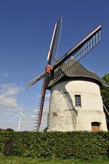 Windmill 'Guidon' of Eaucourt - Moulin 'Guidon' d'Eaucourt (Jessie Sparrow) Tags: windmill river de moulin la windmills cte rivire van molen picardie baie windmolen somme valle rivier windmolens picardy vallei picarde eaucourt abbville deaucourt moulinguidon