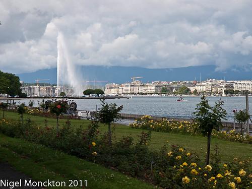 The Jet d'Eau from somewhere near Parc La Grange, Geneva