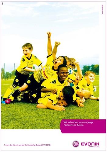 Wir wünschen unseren Jungs haufenweise Glück. (Evonik-Werbung zu Borussia Dortmund, BVB)