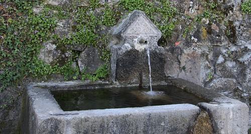 Candelario. Fuente Corredera Alta