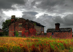 This old house (Mr Grimesdale) Tags: mr steve ruin wallace burscough farmyard derelictbuilding grimesdale higginslane
